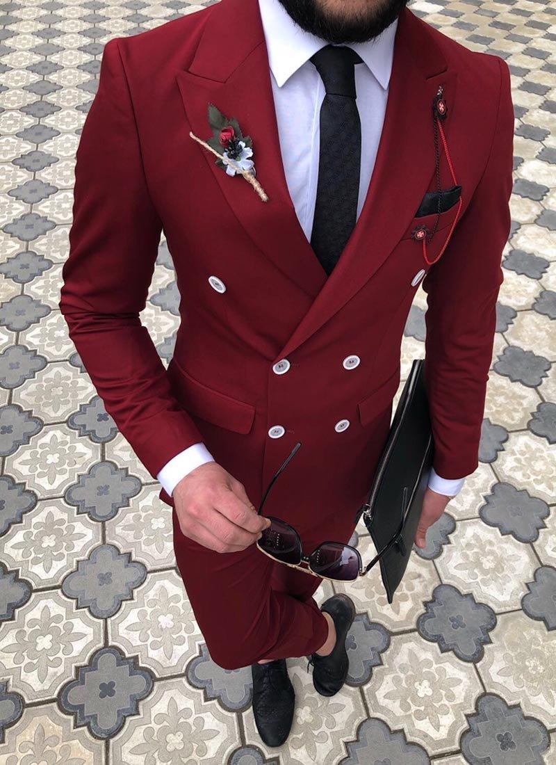 Мъжки втален костюм в червен цвят