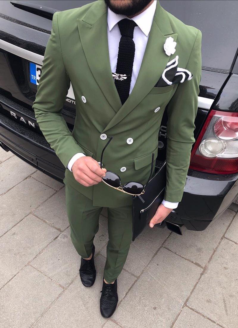 Мъжки втален костюм в зелен цвят