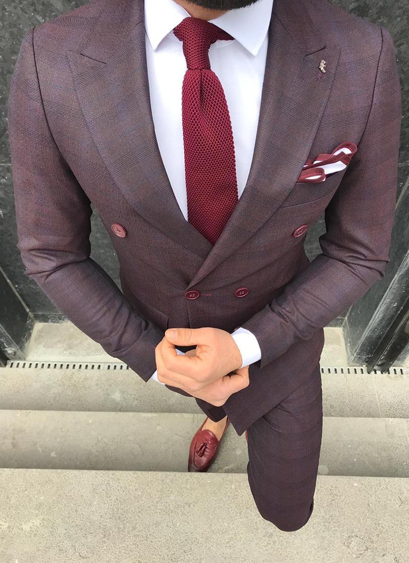 Мъжки втален кариран костюм бордо