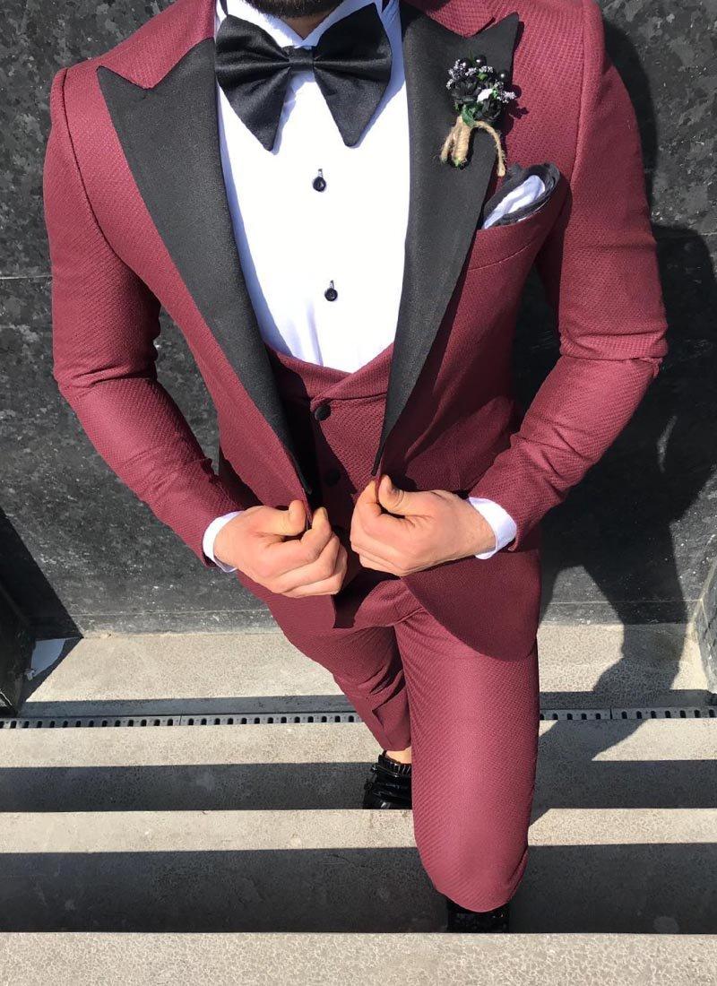 Мъжки втален смокинг в бордо цвят