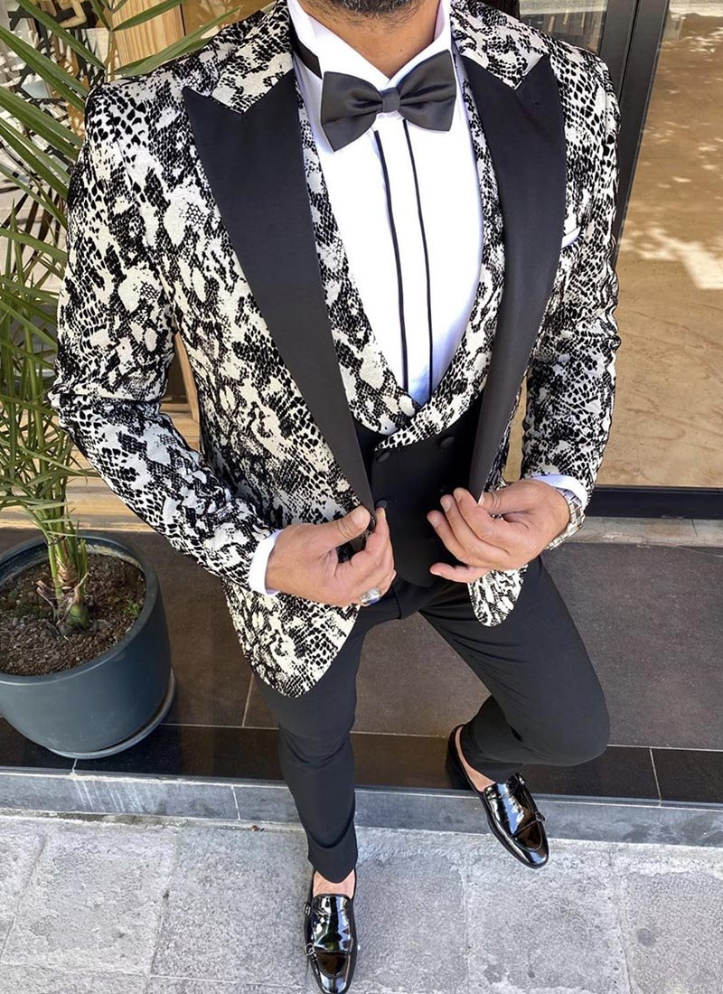 Мъжки втален смокинг в бял и черен цвят