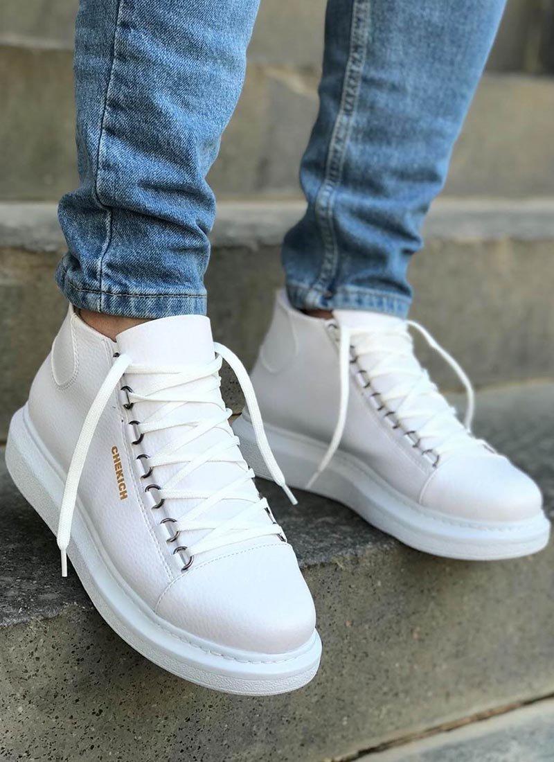 Мъжки високи обувки в бял цвят CH258-BZ