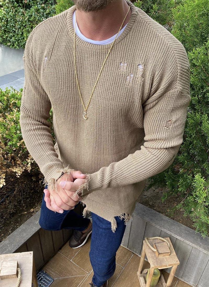 Мъжки изчистен пуловер в бежов цвят