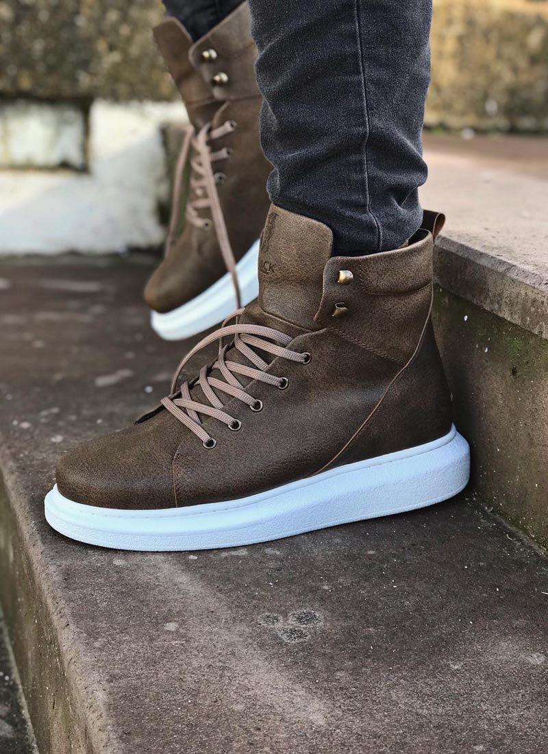 Мъжки високи обувки в кафяв цвят KNB-080-TB