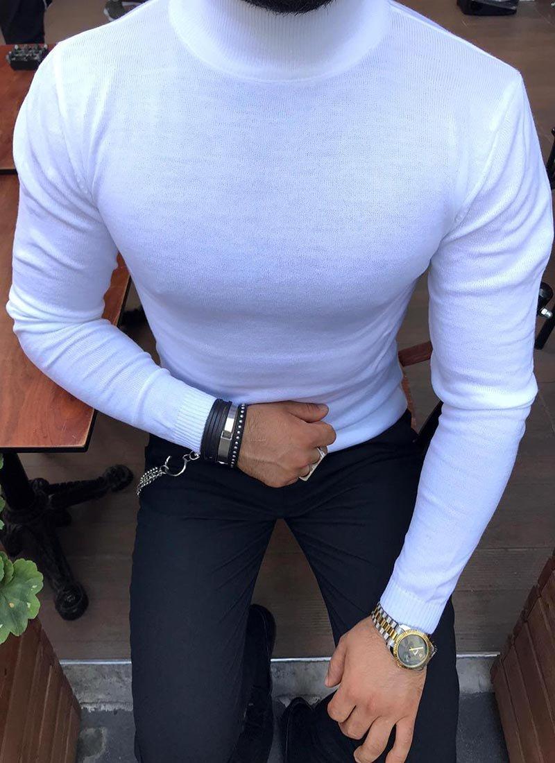 Мъжка блуза в бял цвят полуполо Изчистен модел, подходящ за ежедневието Подходящо се съчетава с разнообразие от дънки или панталони в различни цветове