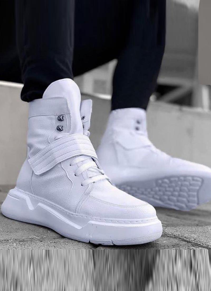 Мъжки високи обувки в бял цвят О227