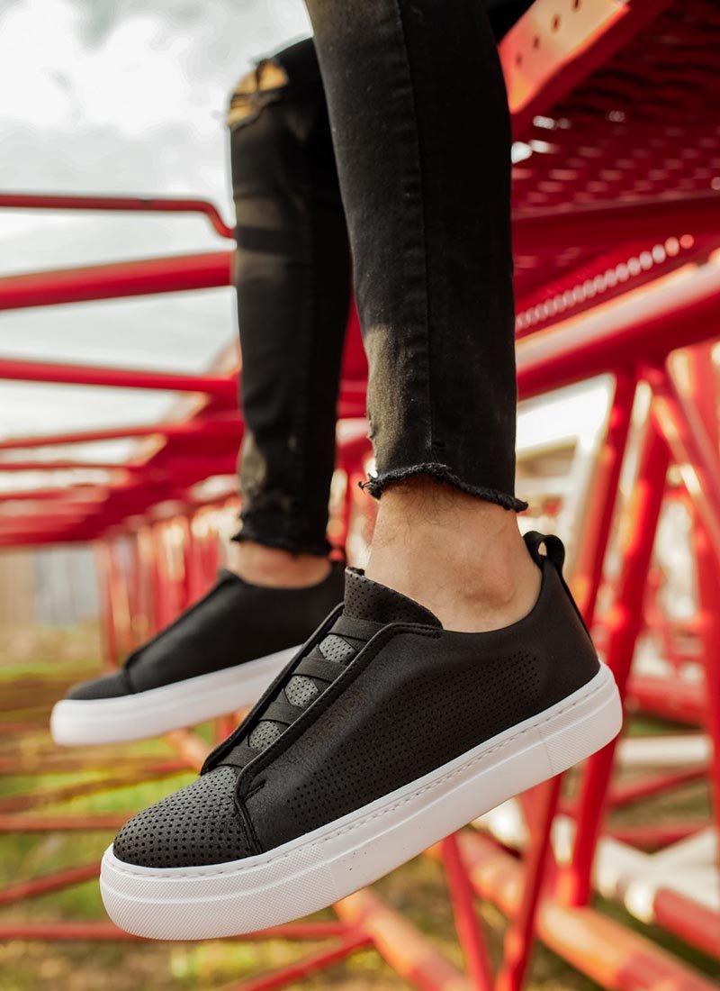 Мъжки обувки в черен цвят