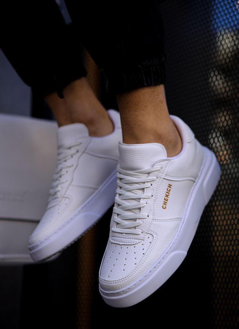 Мъжки ежедневни бели обувки с връзки