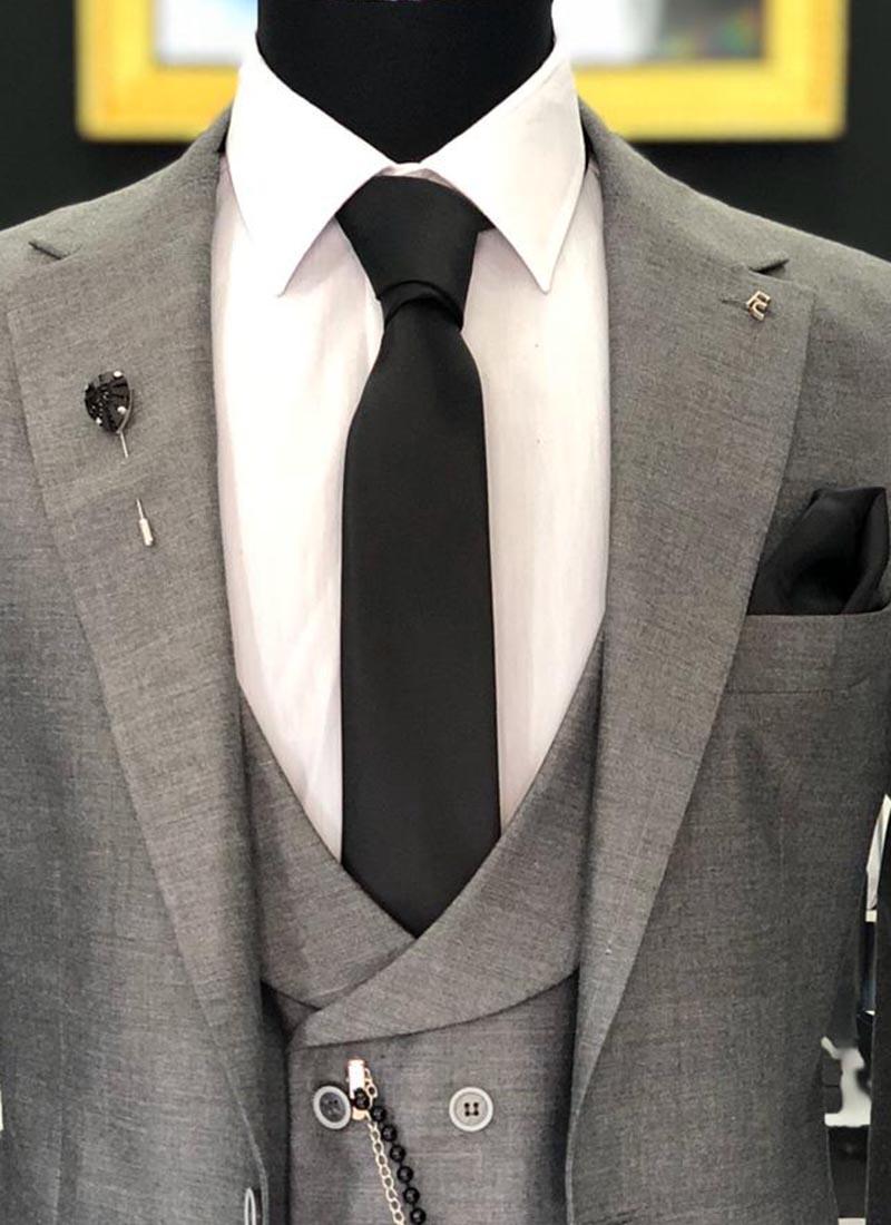 Елегантна вратовръзка в черен цвят