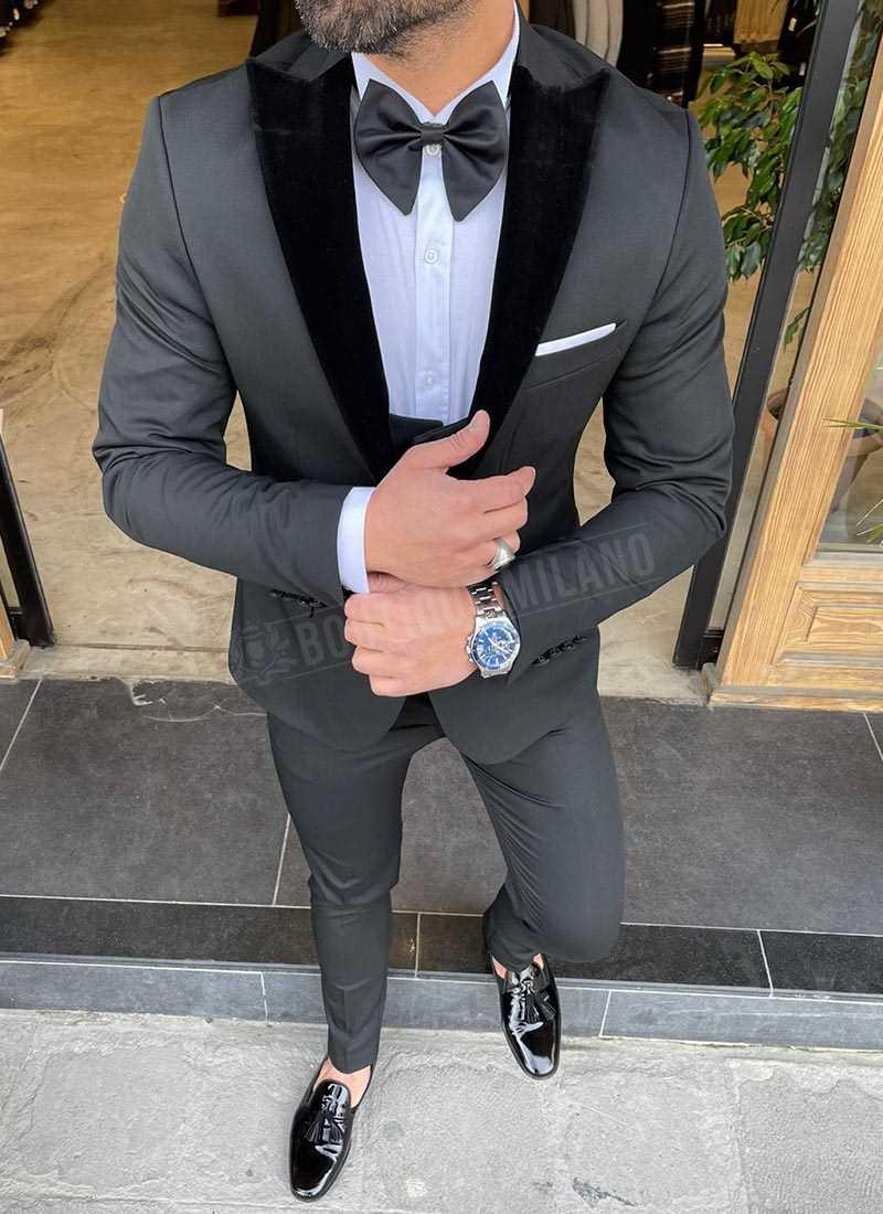 Мъжки черен смокинг с велурен ревер