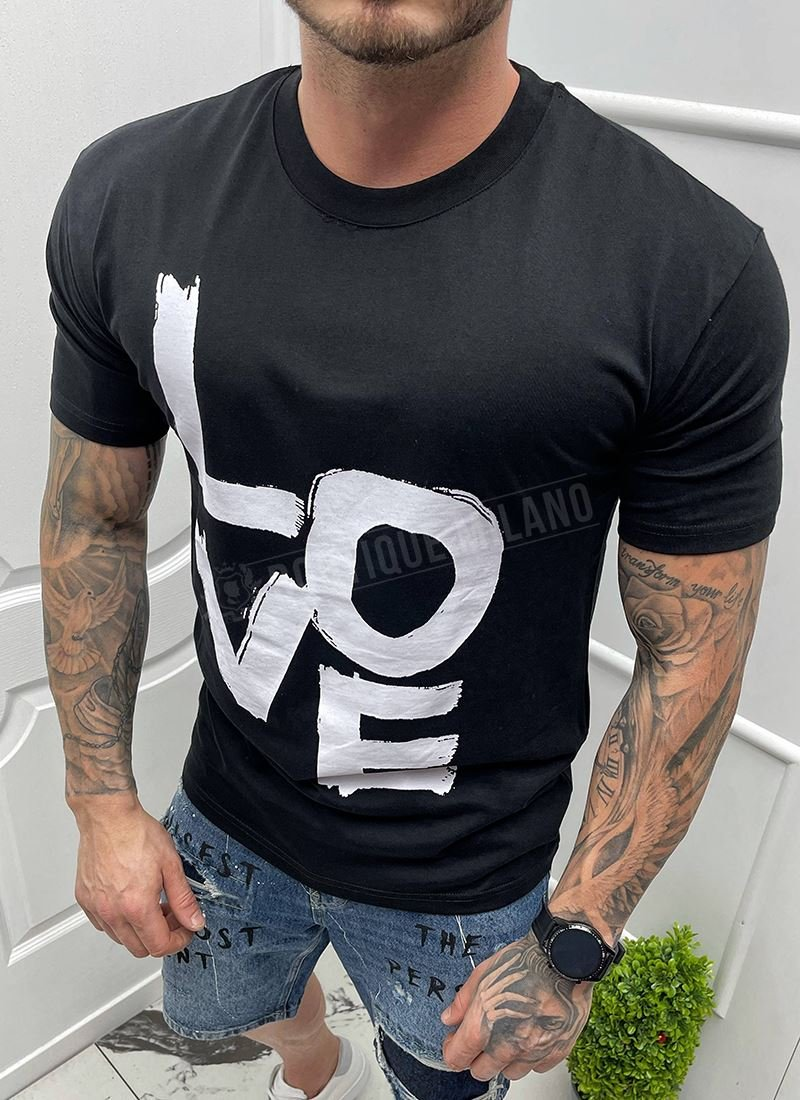 Мъжка черна тениска с надпис LOVE