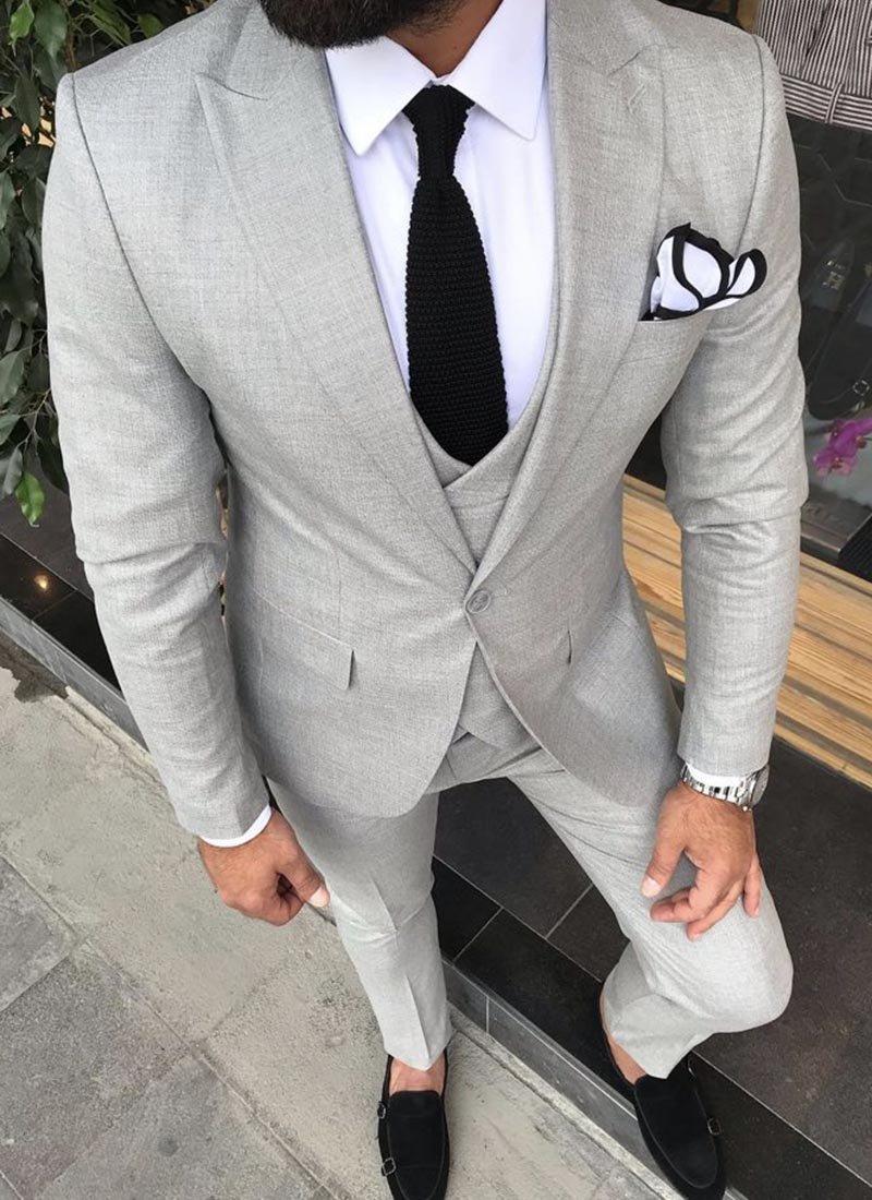 Мъжки втален сив изчистен костюм