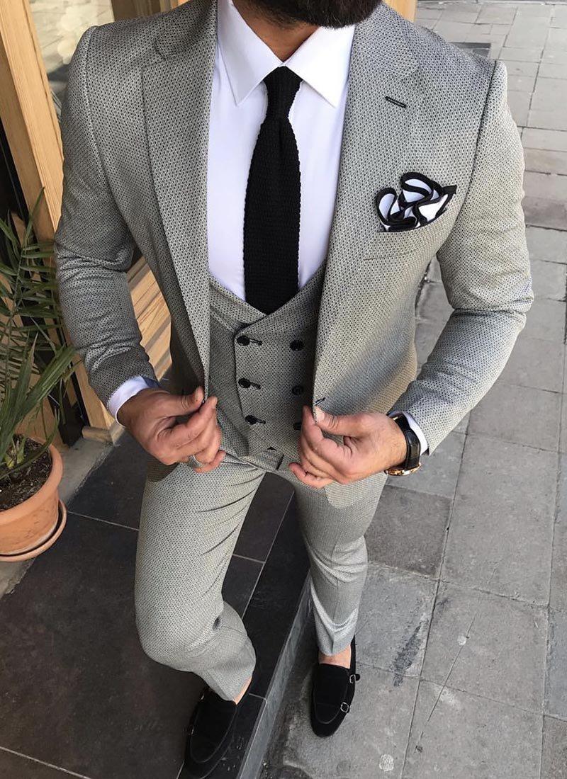 Мъжки сив втален костюм