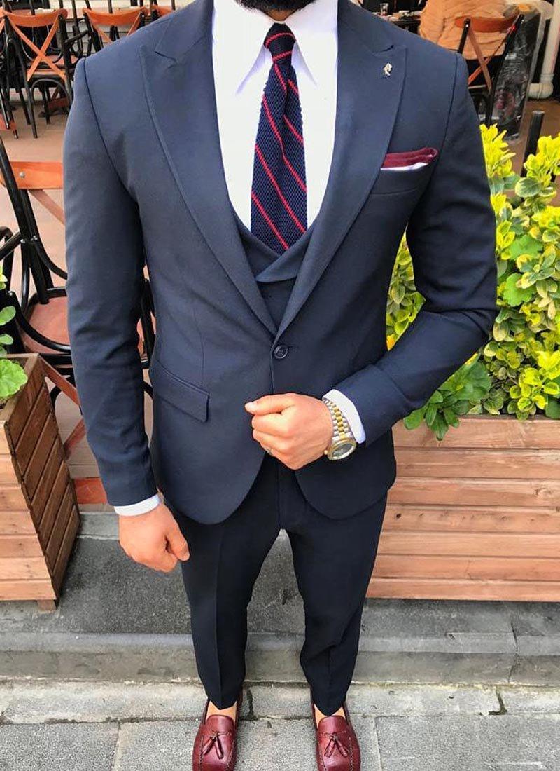 Мъжки елегантен тъмно син костюм