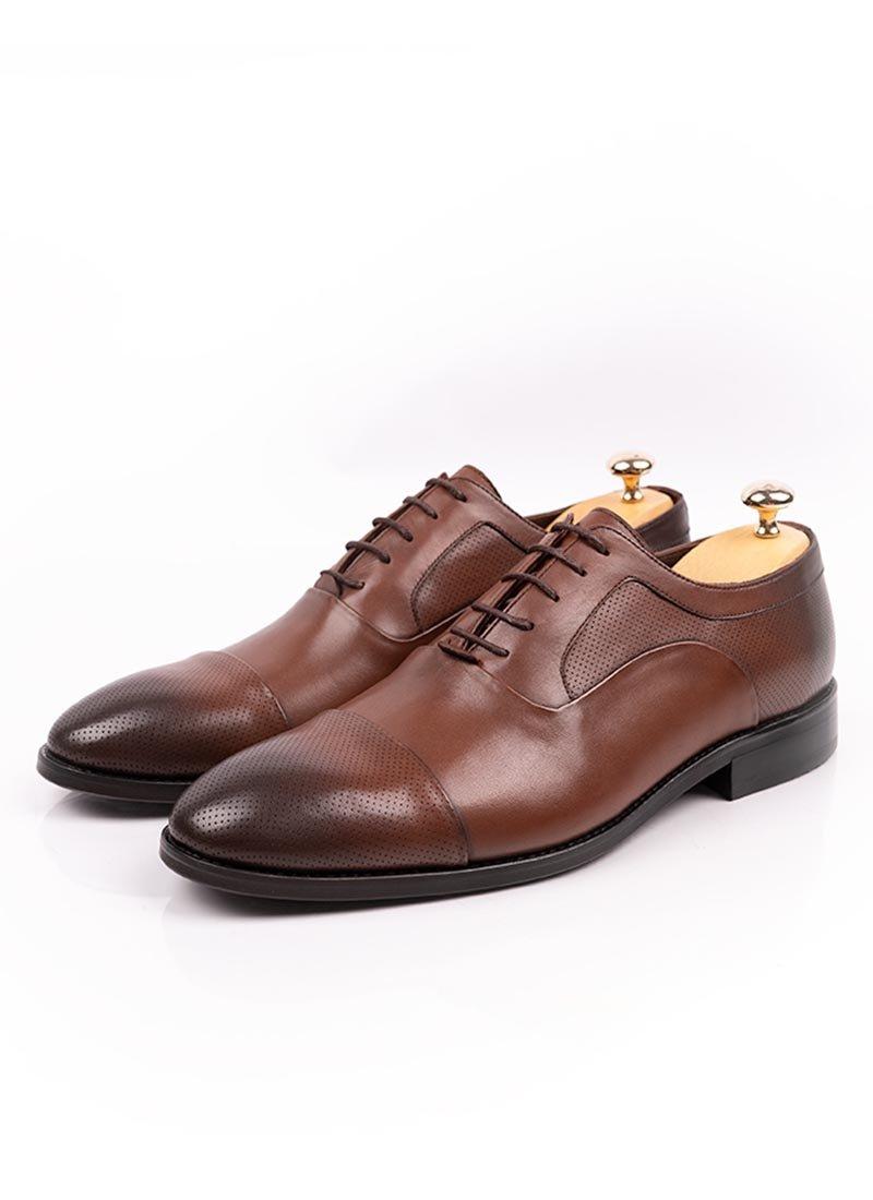 Мъжки елегантни кафяви обувки с връзки