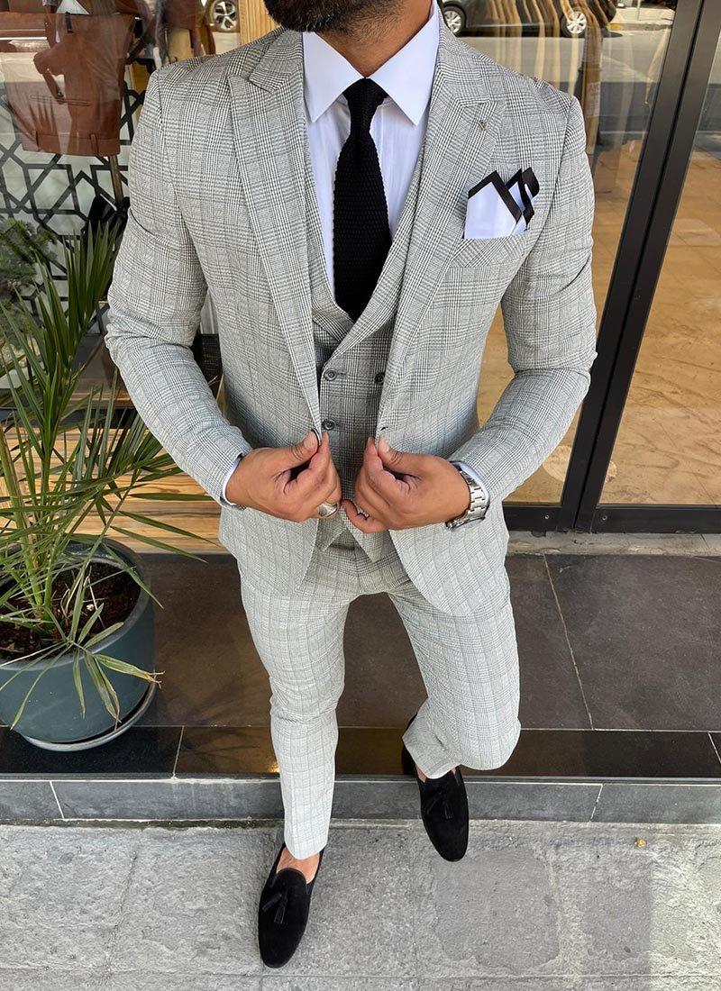Мъжки втален костюм светло сив кариран