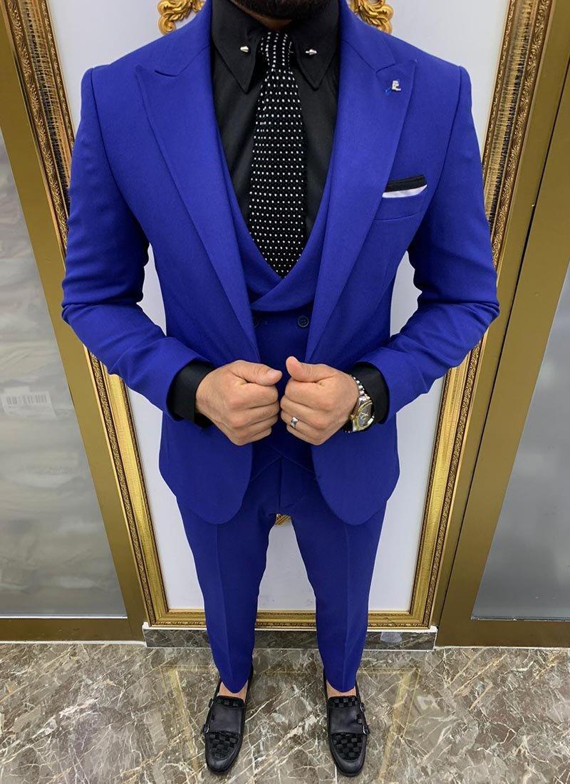 Мъжки втален костюм в турско синьо